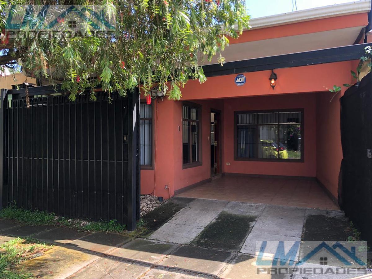 Foto Casa en Renta |  en  San Rafael,  Escazu  Guachipelin, Escazu