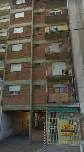 Foto Departamento en Venta en  Castelar,  Moron  Jose Luis Maria Drago al 2600