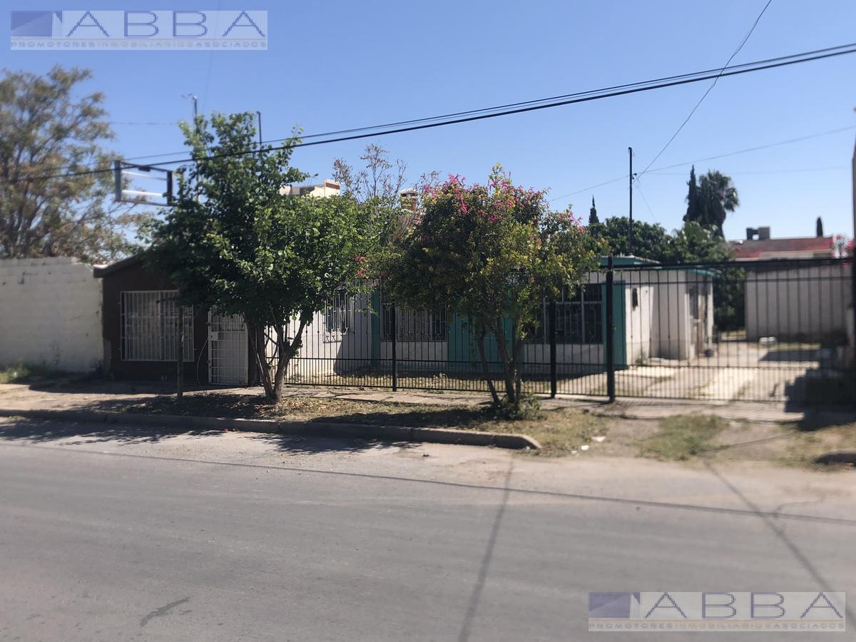Foto Casa en Venta en  Chihuahua ,  Chihuahua  CASA DE UNA PLANTA EN COLONIA PANAMERICANA