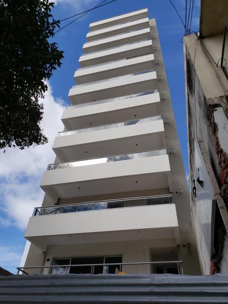 Foto Departamento en Venta en  Quilmes,  Quilmes  Matienzo 133 Piso 2