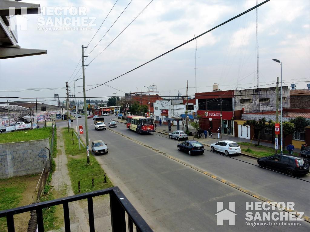 Foto Local en Venta en  Moron,  Moron  Baradero al 1300