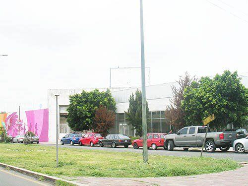 Foto Local en Venta en  Centro,  San Juan del Río  Bodega en venta, cerca de avenida principal