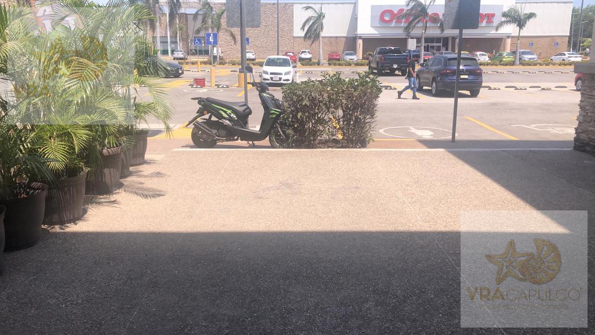 Foto Local en Renta en  Acapulco de Juárez ,  Guerrero  Plaza Acapulco Diamante