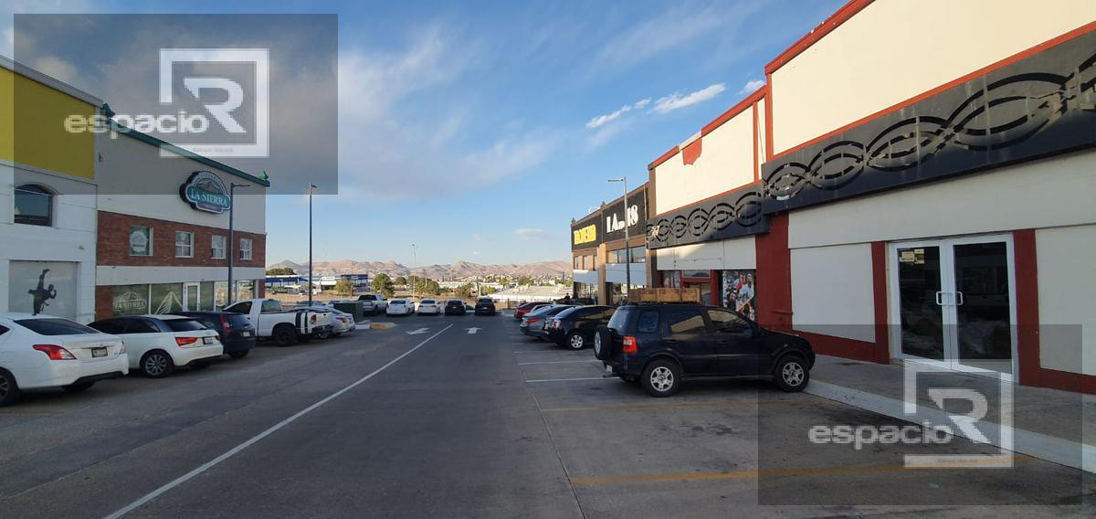 Foto Local en Renta en  Fraccionamiento Valle del Ángel,  Chihuahua  LOCAL EN RENTA EN PERIFERICO DE LA JUVENTUD PLAZA SAN ANGEL