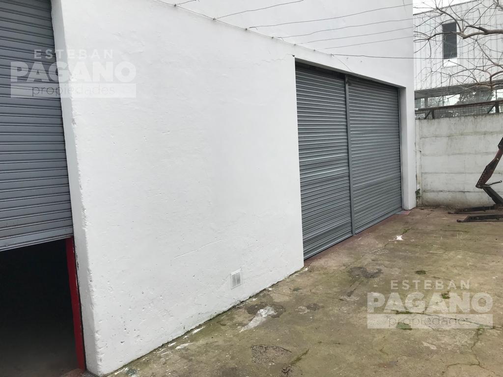 Foto Galpón en Venta en  La Plata,  La Plata  142 n° 575 e 43 y 44