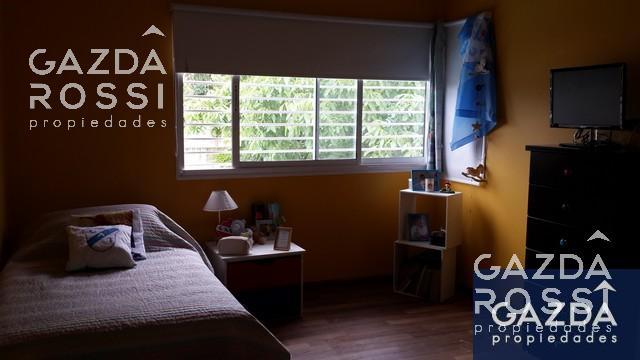 Foto Casa en Venta en  Jose Marmol,  Almirante Brown  AMENEDO 2543