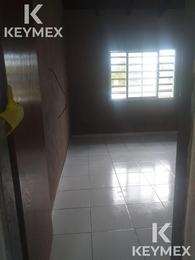 Foto Casa en Venta en  Melchor Romero,  La Plata  155 entre 524 y 525