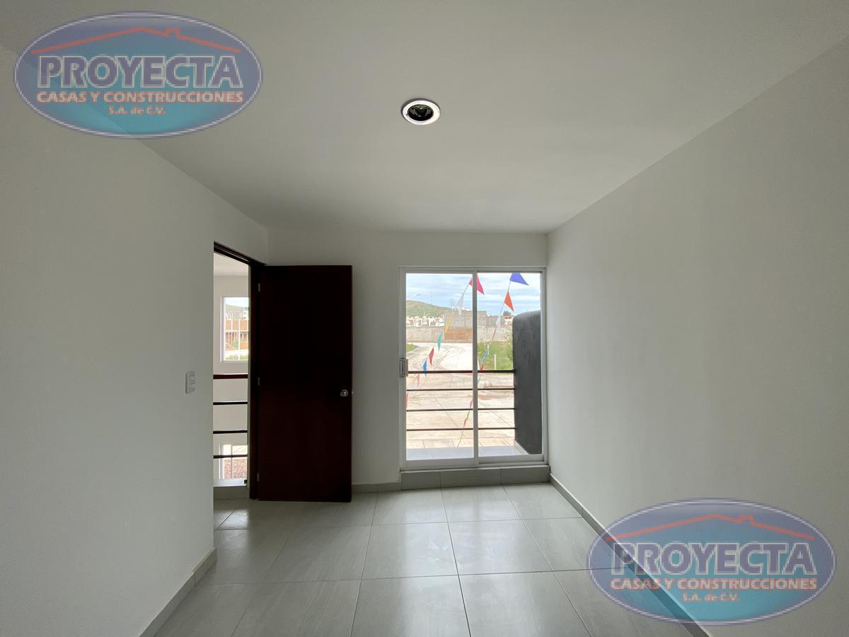Foto Casa en Venta en  El Ciprés,  Durango  CASAS FRENTE ÁREA VERDE EN FRAC PRIVADO CERCA DE PASEO DURANGO