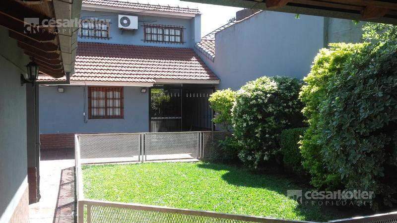 Foto Casa en Venta en  Temperley Este,  Temperley  Pasaje Allemandri 752