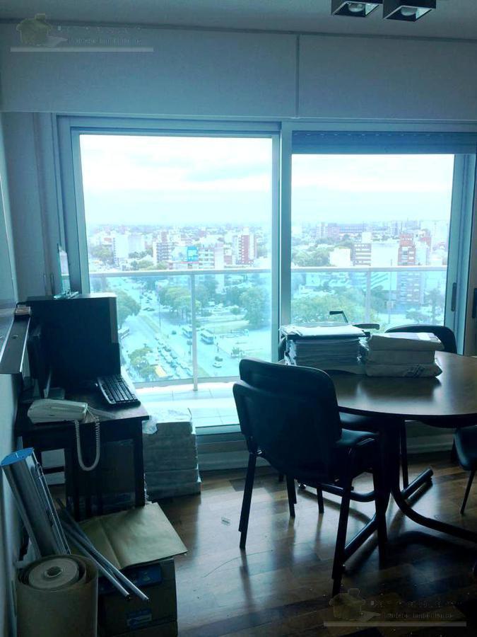 Foto Departamento en Venta en  Tres Cruces ,  Montevideo  8 de Octubre y Br