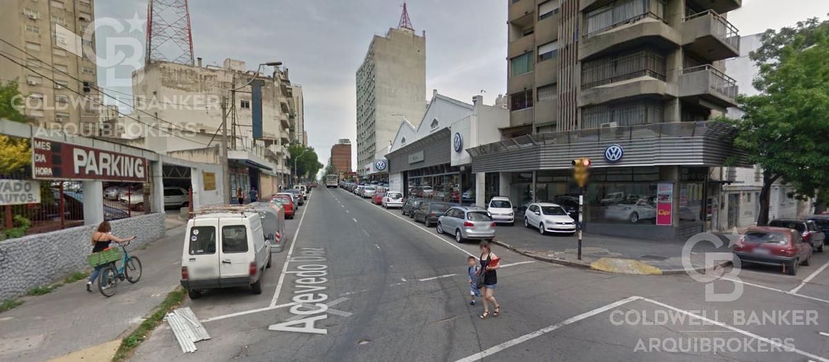 Foto Local en Venta en  Cordón ,  Montevideo  Local comercial en venta en Cordón