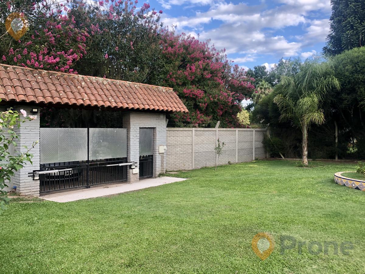 Foto Casa en Venta en  Roldan,  San Lorenzo  Gambarte al 220