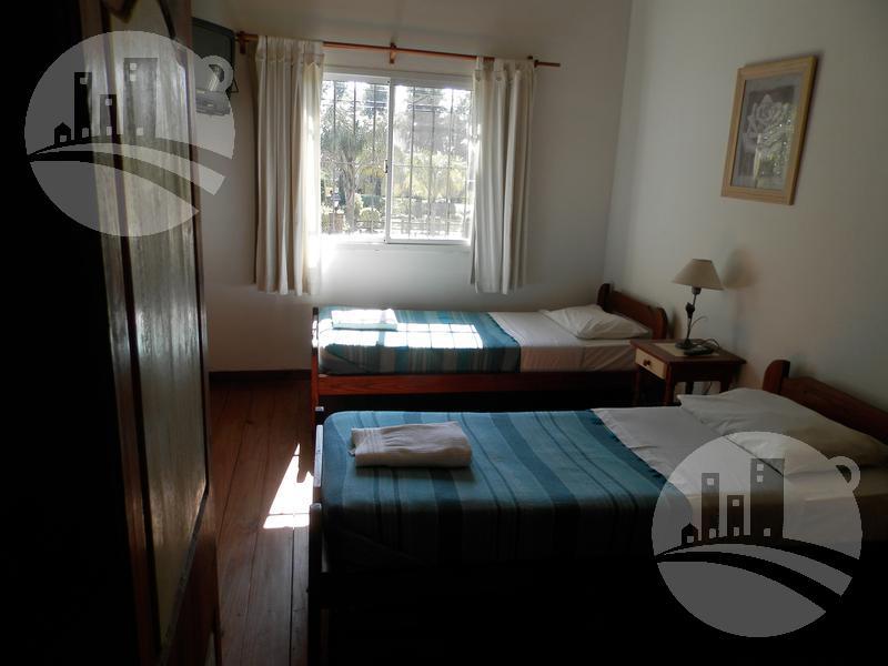 Foto Hotel en Venta en  Colon ,  Entre Rios  Venta de complejo turístico o como condominio  de 7 casas
