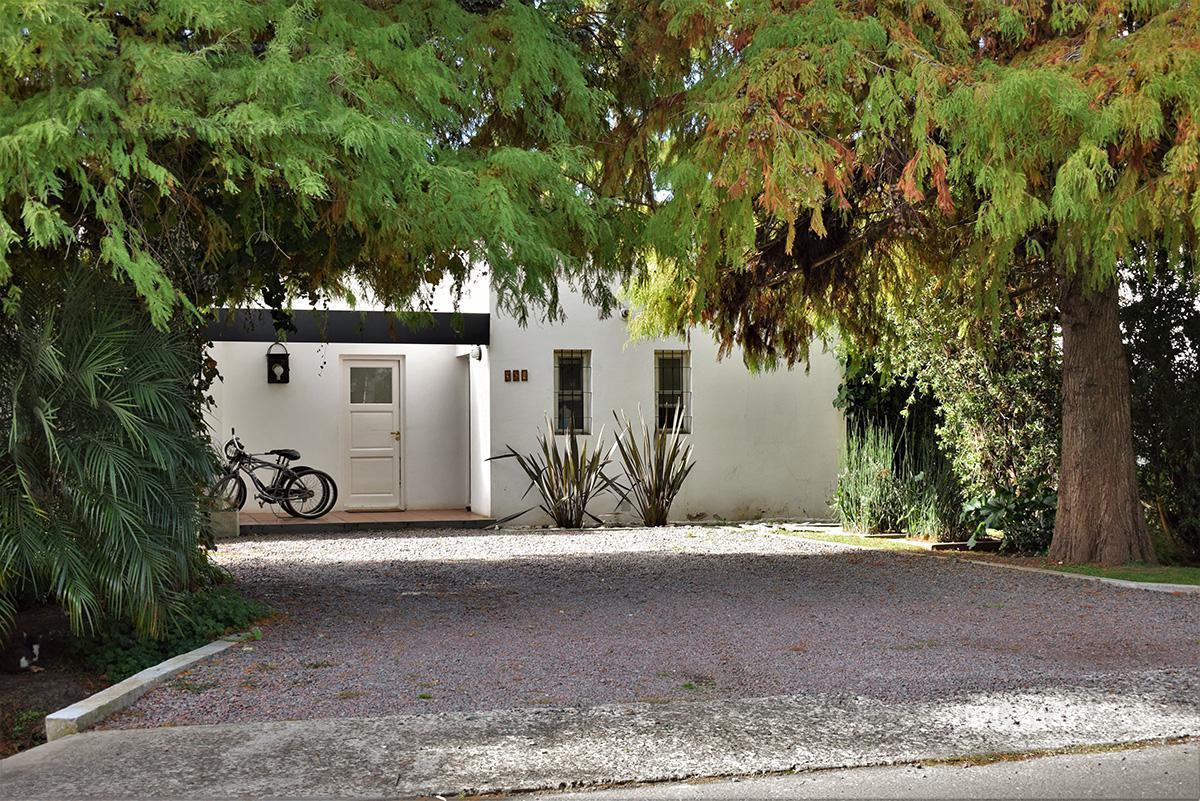 MIERES Propiedades- Casa de 248 mts en Mayling Club de Campo