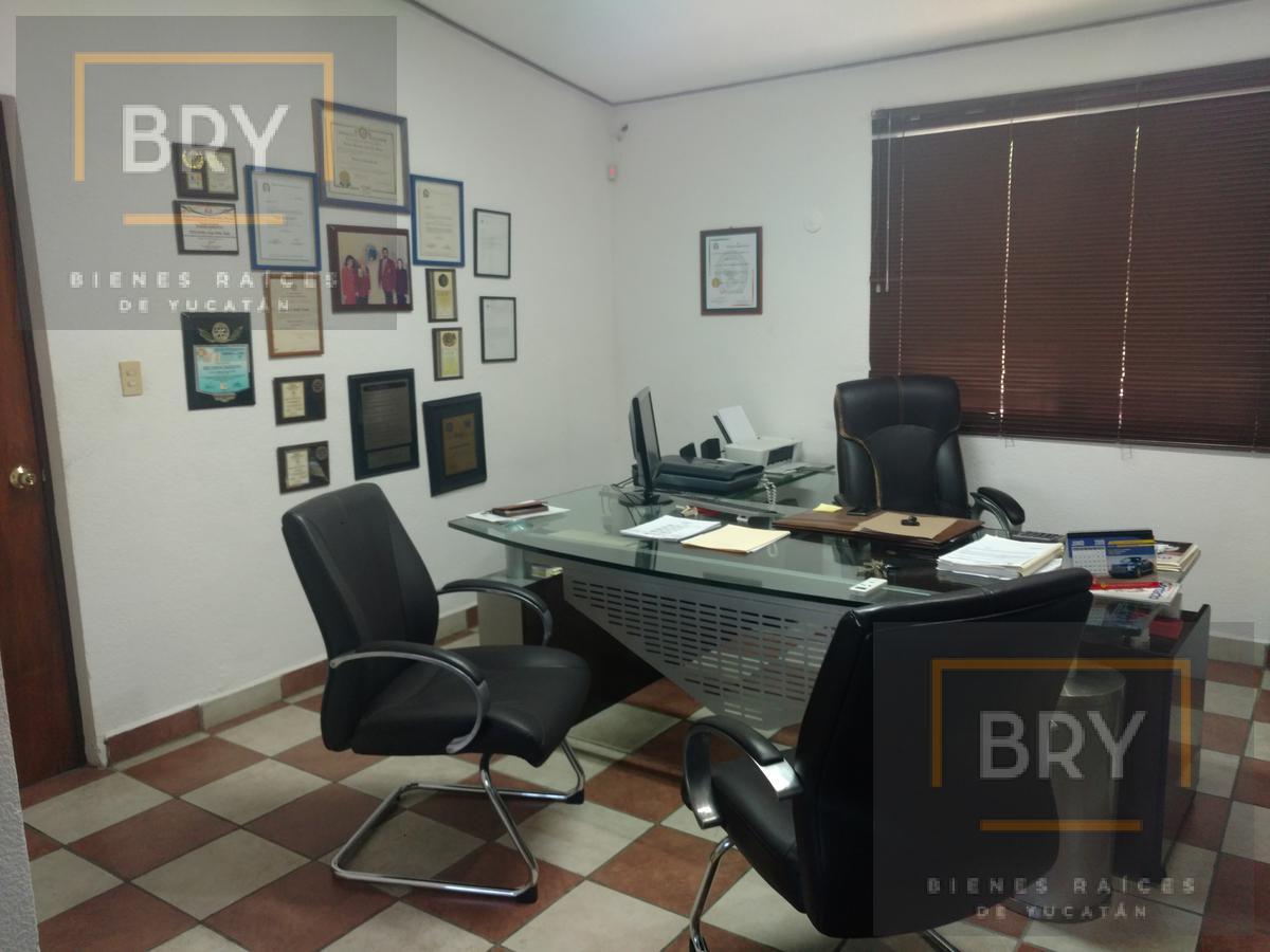 Foto Casa en Venta en  Fraccionamiento Las Brisas,  Mérida  Se Vende Casa  de una Planta en el Fracc. Brisas