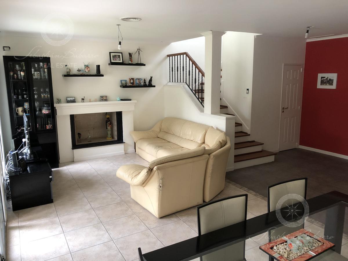 Foto Casa en Venta | Alquiler en  Saint Thomas,  Countries/B.Cerrado  Saint Thomas