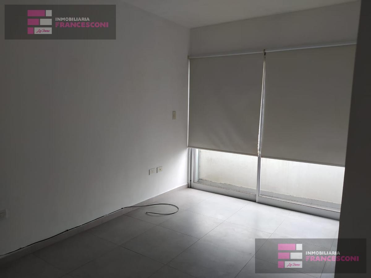Foto Departamento en Alquiler en  Microcentro,  La Plata  21 50 Y 51