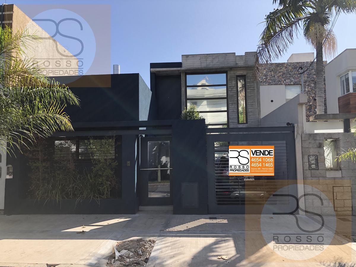 Foto Casa en Venta en  Ramos Mejia,  La Matanza  Las Heras al 200