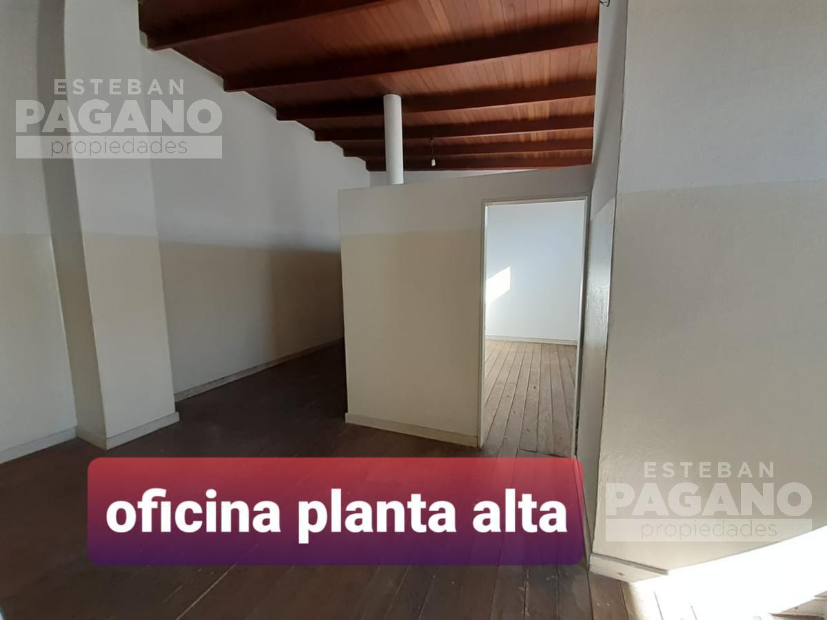 Foto Local en Venta en  La Plata ,  G.B.A. Zona Sur  68 e 2 y 3