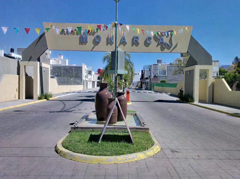 Foto Terreno en Venta en  Fraccionamiento Residencial Monarca,  Zamora  LOTES RESIDENCIAL MONARCA EN ZAMORA