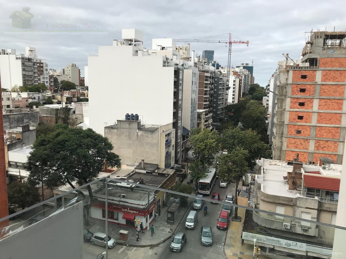 Foto Departamento en Venta en  Pocitos ,  Montevideo  26 de Marzo y Buxareo