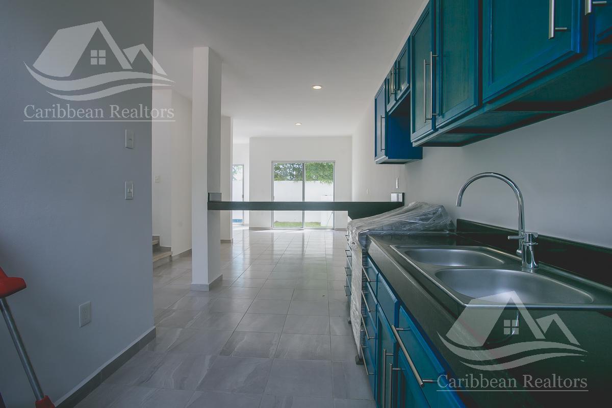 Picture House in Sale in  Puerto Morelos,  Cancún  Puerto Morelos