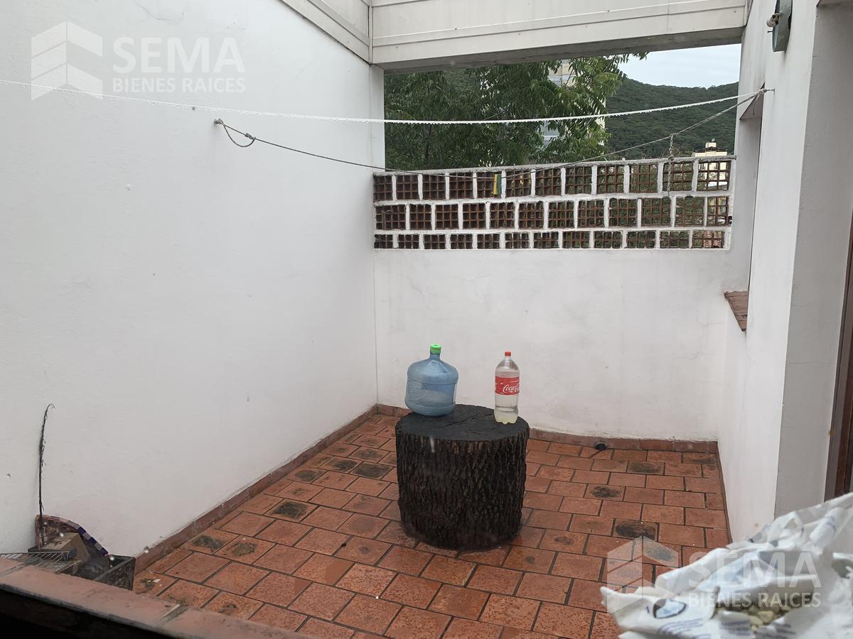 Foto Departamento en Alquiler en  Zona Centro,  Salta  ALQUILER - AMPLIO DEPARTAMENTO 4D CON COCHERA Y SIN EXPENSAS