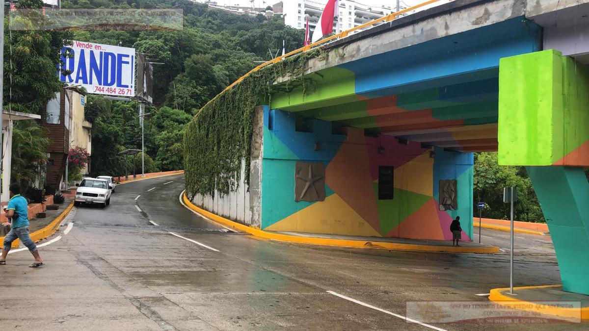 Foto Terreno en Venta |  en  Acapulco de Juárez ,  Guerrero      TERRENO HEROICO COLEGIO MILITAR