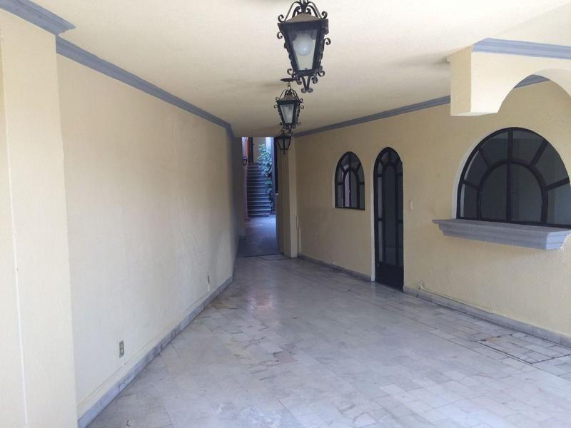 Foto Edificio Comercial en Venta | Renta en  San Jerónimo,  Cuernavaca  Edificio Tlaltenango, Cuernavaca