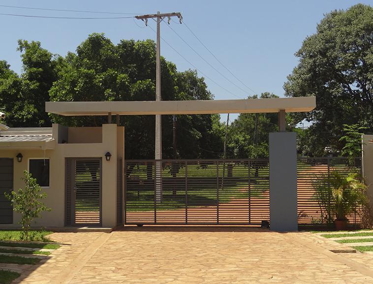 Foto Departamento en Alquiler |  en  Luque ,  Central  Barrio Cerrado Alaia En Luque, Barrio La Amistad