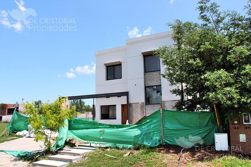 Foto Casa en Venta en  La Agustina,  Countries/B.Cerrado (Pilar)  General Guido al 2000