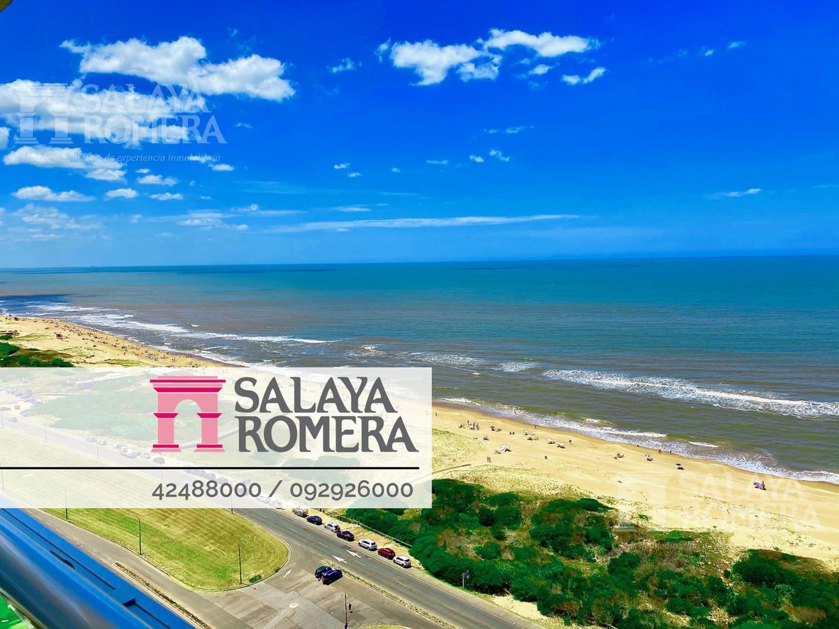 Foto Departamento en Venta en  Playa Brava,  Punta del Este  Apartamento en venta  4 dormitorios,4 baños y dependencia con inmejorables vistas a Playa Brava , Punta del Este