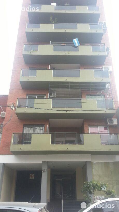 Foto Departamento en Alquiler en  Capital ,  Tucumán  Moreno al 200