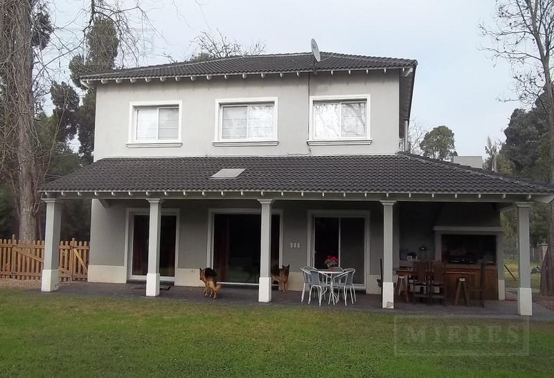 Casa en venta apto credito en El Aromo .