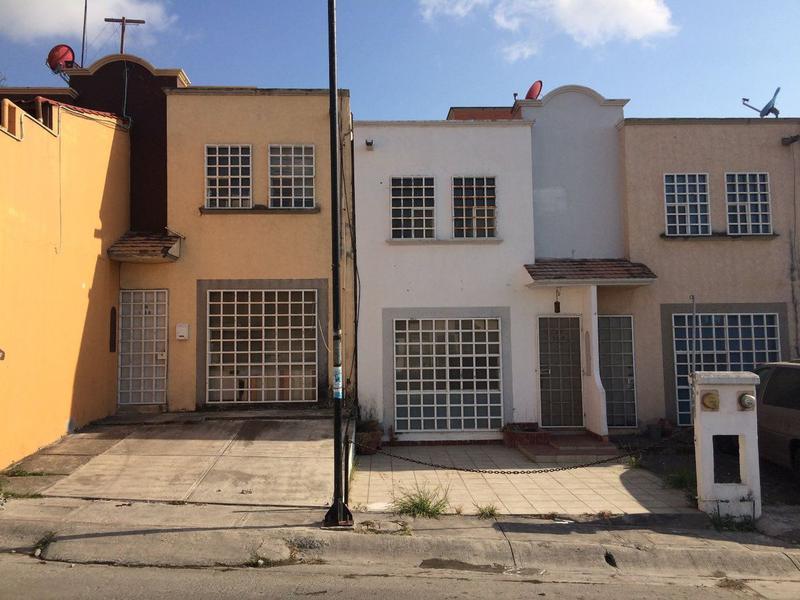 Foto Casa en Venta en  Fraccionamiento Palma Real,  Veracruz  Casa Remodelada en Venta en Palma Real, Tejería, Veracruz.