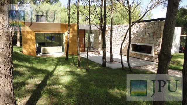 Foto Casa en Alquiler temporario en  Costa Esmeralda,  Punta Medanos  Deportiva 306