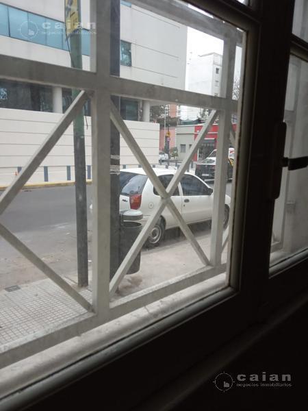Foto PH en Venta en  Almagro ,  Capital Federal                Bartolome Mitre 4420