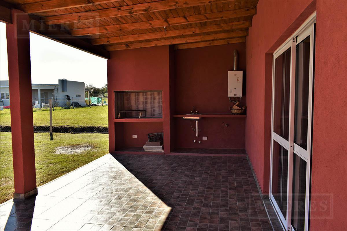 Casa de 146 mts en Pilar del Este San Ramiro
