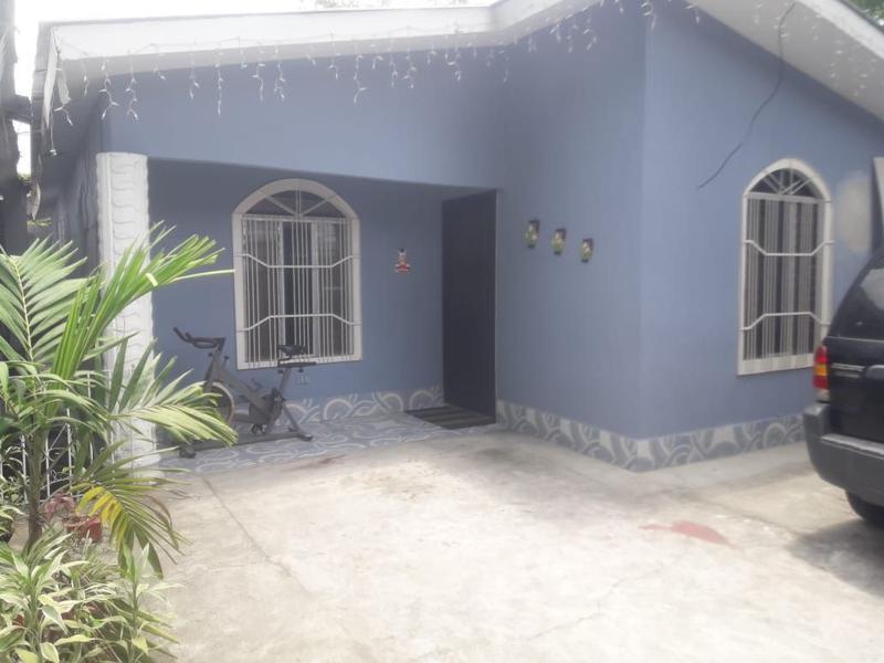 Foto Casa en Venta en  El Roble,  San Pedro Sula  Casa Residencial en Venta,Col Roble