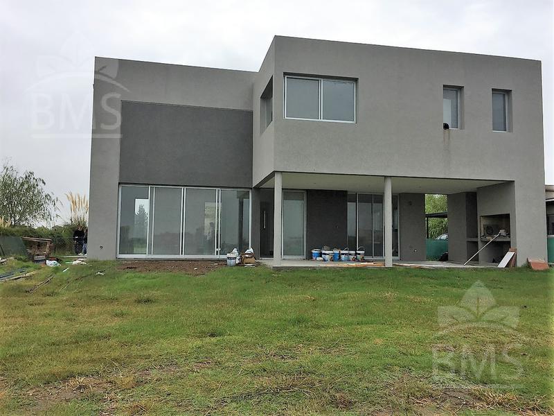 Foto Casa en Venta en  San Benito,  Villanueva  Barrio San Benito