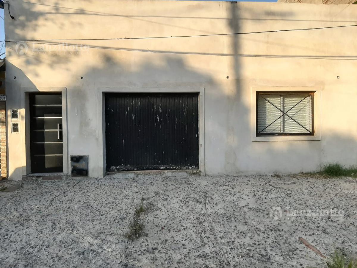 Foto Casa en Venta en  Lanús Este,  Lanús  Las Piedras 3542