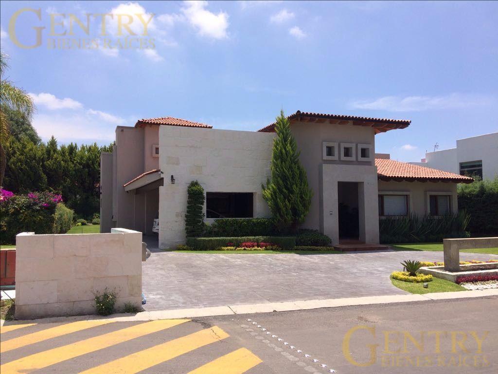 Foto Casa en Renta en  Fraccionamiento El Campanario,  Querétaro  Hermosa Residencia en Renta el Campanario