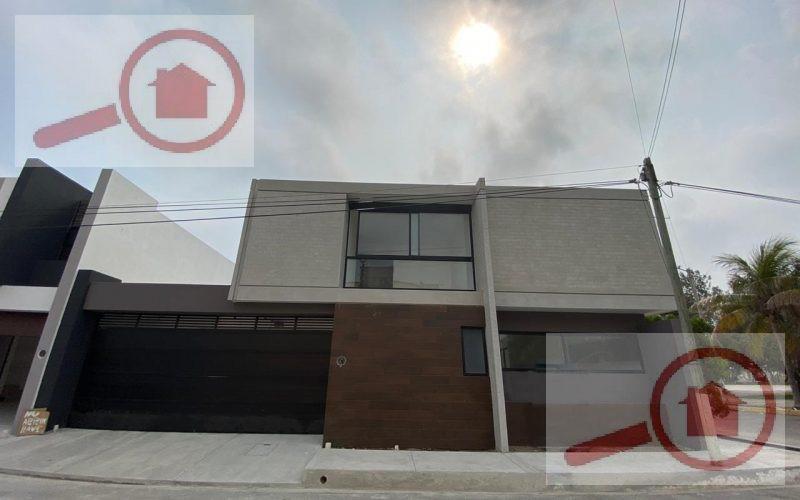 Foto Casa en Venta en  Fraccionamiento Costa de Oro,  Boca del Río  Casa en Venta en Costa de Oro En Esquina y frente a Parque