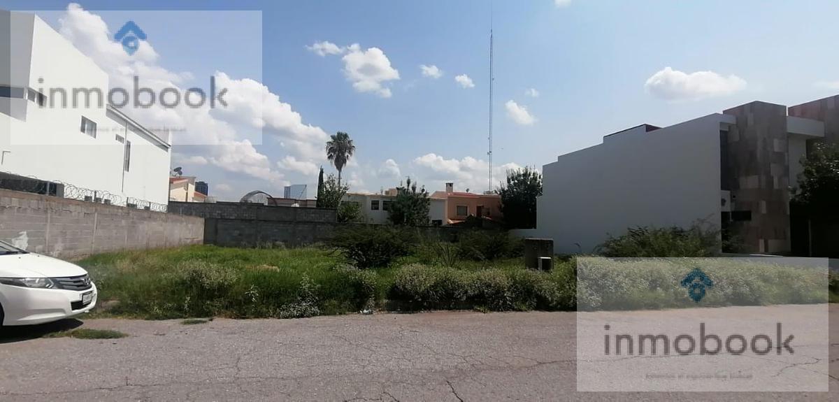 Foto Terreno en Venta en  Haciendas del Valle,  Chihuahua  Terreno en Venta en Haciendas del Valle, Atras de Walmart, Sams
