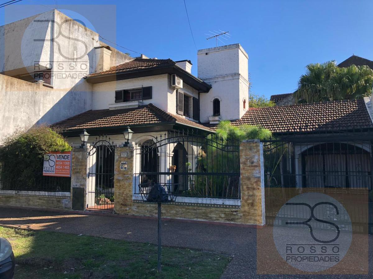 Foto Casa en Venta en  B.Guemes,  Haedo  Directorio al 400