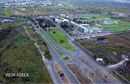 Foto Local en Venta en  Fraccionamiento El Campanario,  Querétaro  Oportunidad. Extraordinario Local En Venta La Reserva