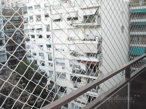 Foto Oficina en Alquiler en  Recoleta ,  Capital Federal  Arenales al al 900