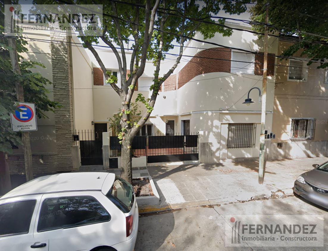 Foto PH en Venta en  V.Lopez-Vias/Maipu,  Barrio Vicente López  25 De Mayo 200