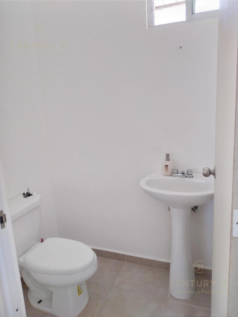 Solidaridad House for Sale scene image 8