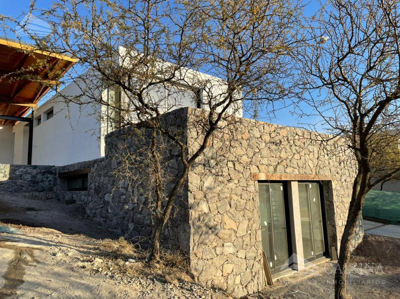 Foto Casa en Venta en  Estancia El Terrón,  Mendiolaza  El Terrón - Mendiolaza